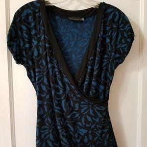 The Limited Short Sleeve Blouse Black Blue Medium
